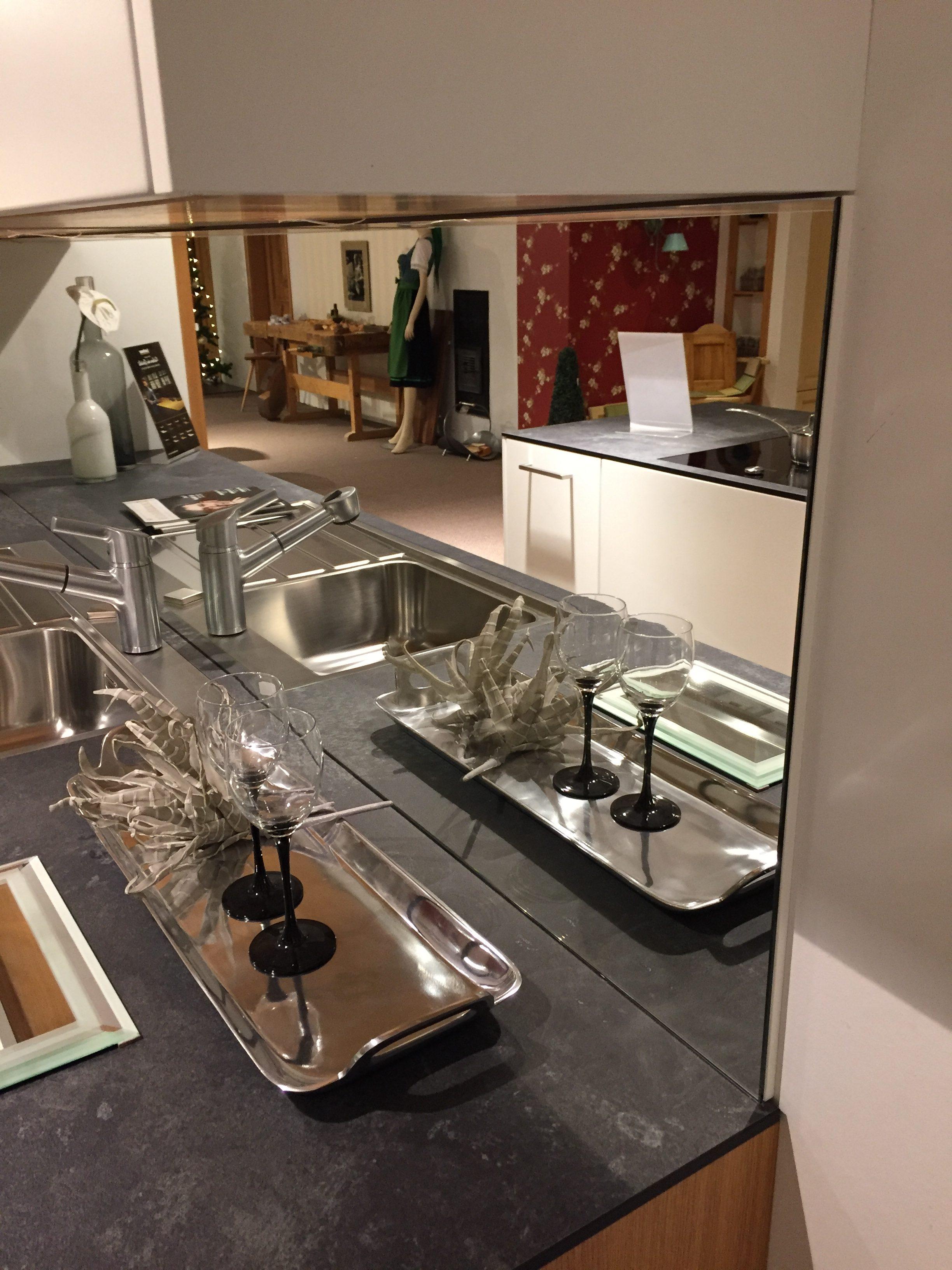 kchen hinterwand affordable raumteiler regal mit rckwand new csm team kueche loft eafa with. Black Bedroom Furniture Sets. Home Design Ideas