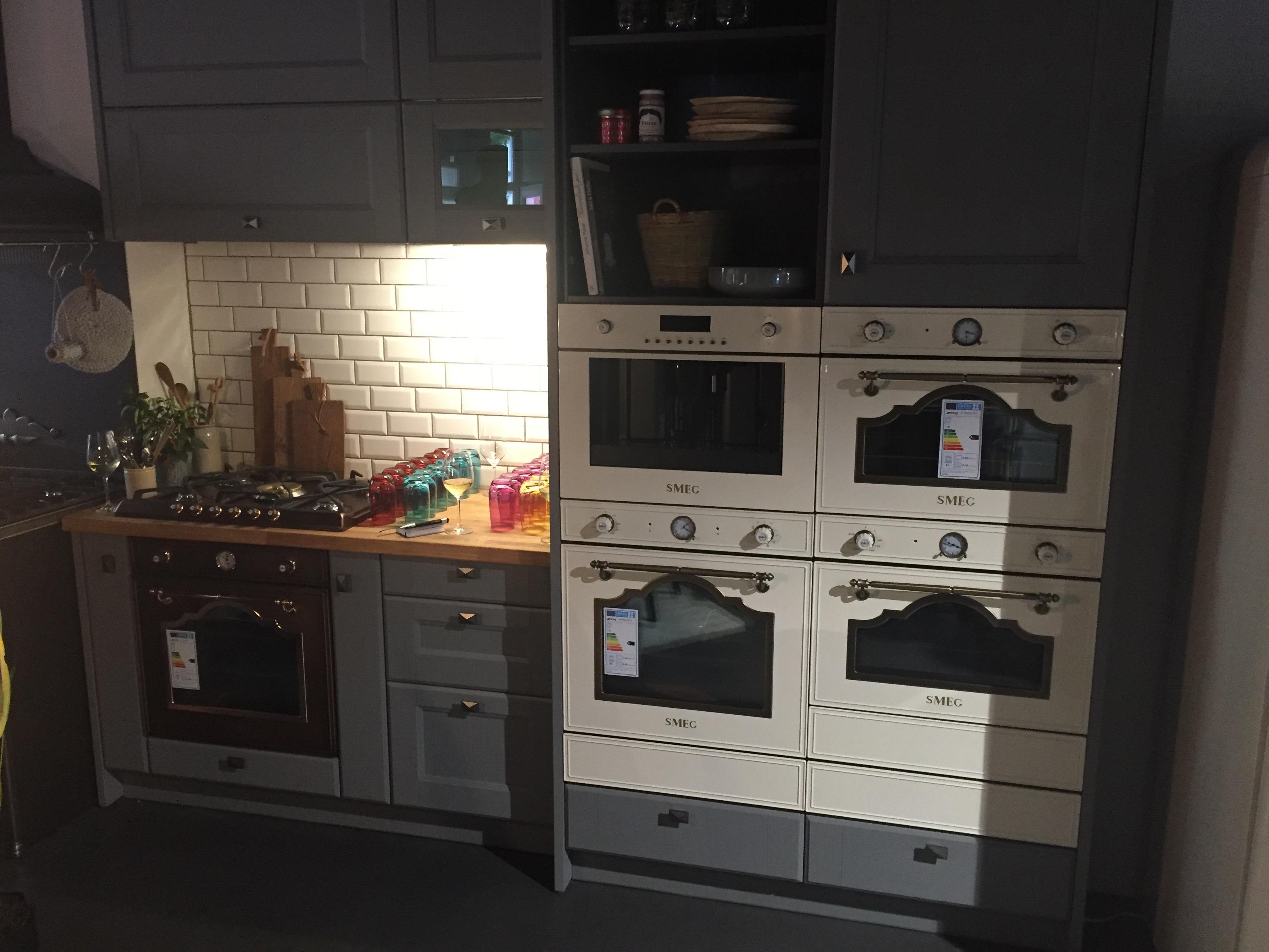 Smeg Kühlschrank Kundendienst : Smeg münchen küchen info